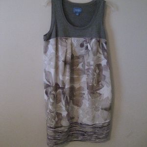 Vera Wang shift dress NWOT L